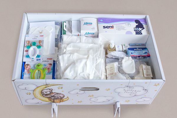 """""""Baby's Nest"""" with natural cotton collection"""